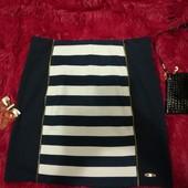 Разгружаю шкаф! Очень симпатичная темно-синяя юбка