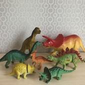 Лот 2 . Динозавры, Китай. Все что на фото
