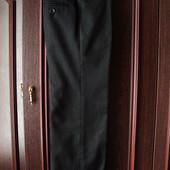 чорні класичні брюки на 106