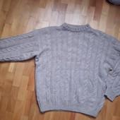 Мущины предлагаю свитер теплый(Италия )в отличном состоянии-смотрите описание