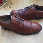 Туфлі із натуральної шкіри 42 рр і устілка 28 см. Гарний стан.