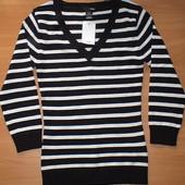 cупер классный свитер H&M.р-р XS идет на С. на грудь 85-92см. Отличный подарок