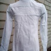 Блузка -гольф для девочки с длинным рукавом.122