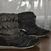 Короткие ботинки дутики из Германии,р 40 ст 26.5 см изнутри,новые