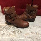 Ботинки із натуральної шкіри,на меху від Minelli,розмір 37,стелька 24,5.