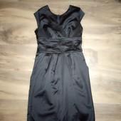 Красиве черное платьице 42 размер,в отличном состоянии.См.описание
