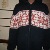 Теплая красивая кофта-куртка, стеганная, размер М, Cedarwood state