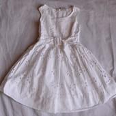 Нежное платье Next на 2-3 года.