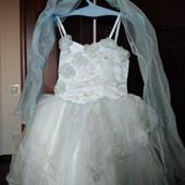 Сукня гарна з накидкою 100 р на 2-4 років