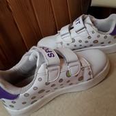 Симпатичні кросівки, розмір 30, устілка 18,5-18,7 см