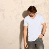комплект: две мужские футболки от Livergy.