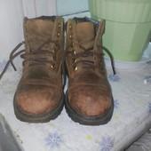 продаю демисезонные ботинки детские