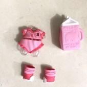 Оригинал MGA!!!!В лоте только комплект аксессуаров (одежда+бутылочка+обувь)!!!