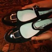 Туфли для стильных девочек 37 - 24 см. Стелька кожаная, супинатор.