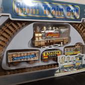 """Железная дорога """"Скорый поезд"""" со стрелками. Поезд с 3 вагонами. На батарейке."""