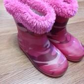 Сапоги резиновые +сьемные носки на девочку 23 р.
