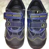 Легкие кроссовки Geox, размер 25