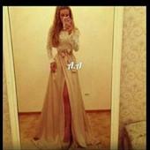 Платье нарядное,выпускное,очень очень красивое 42-44
