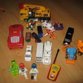 Куча игрушек для двора и дачи,все с дефектами, но мальчишкам всё равно!!