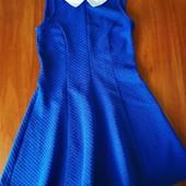 Продам красивое платье и классные зауженные джинсы для девочки 11-12 лет.