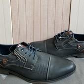 Street Shoes Туфлі із еко-шкіри,утеплені 44 рр і устілка 30 см