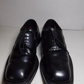 Отличные мужские кожаные ботинки  43 размер