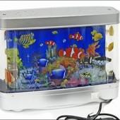 Красочный ночник-аквариум с движущимися рыбками