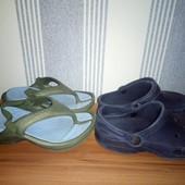 Дві пари Crocs  оригінал 17.5см(розмір 8/9 і 10/11,різниця в кілька мільметрів)