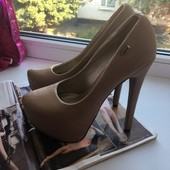 Туфли обалденно красивые