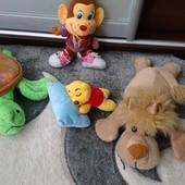 4 игрушки одним лотом
