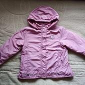 Курточка для дівчинки.