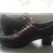 Кожанные туфли Tamaris 41р.26.5см стелька легкое б/у  обуты 1раз нюанс см.фото