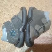 Демисезонные ботинки Bartek для мальчика, стелька 12.5 см