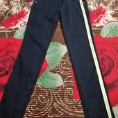 Школьные брюки, или повседневные в отличном состоянии и отличного качества. Мерки на фото