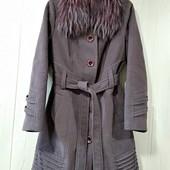 Зимнее пальто,46-48.