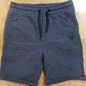 Мальчиковые шорты Hummel, размер на 14 лет, оригинал, качество! смотрите замеры.