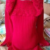 Яркий, тёплый свитер с хомутом кораллового цвета.Locca. Размер M.