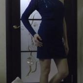 Красивое платье демисезон (осень/весна) на одно плечо junker размер М, бирюза, морской волны
