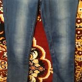 Красивые джинсы-узкачи с бантиками