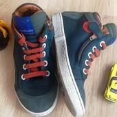 Очень необычные деми ботиночки Next Некст Кожа! 17 см по стельке 27 р