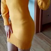 Яркое деми платье-гольф XS-S