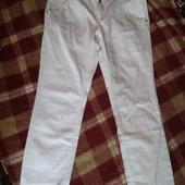 Стильні білі джинси з вишивкою ТСМ Tchibo ( Германия) 48 розмір