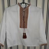 Вишиванка на 3-4роки(одягнена один раз)вишивка ручної роботи