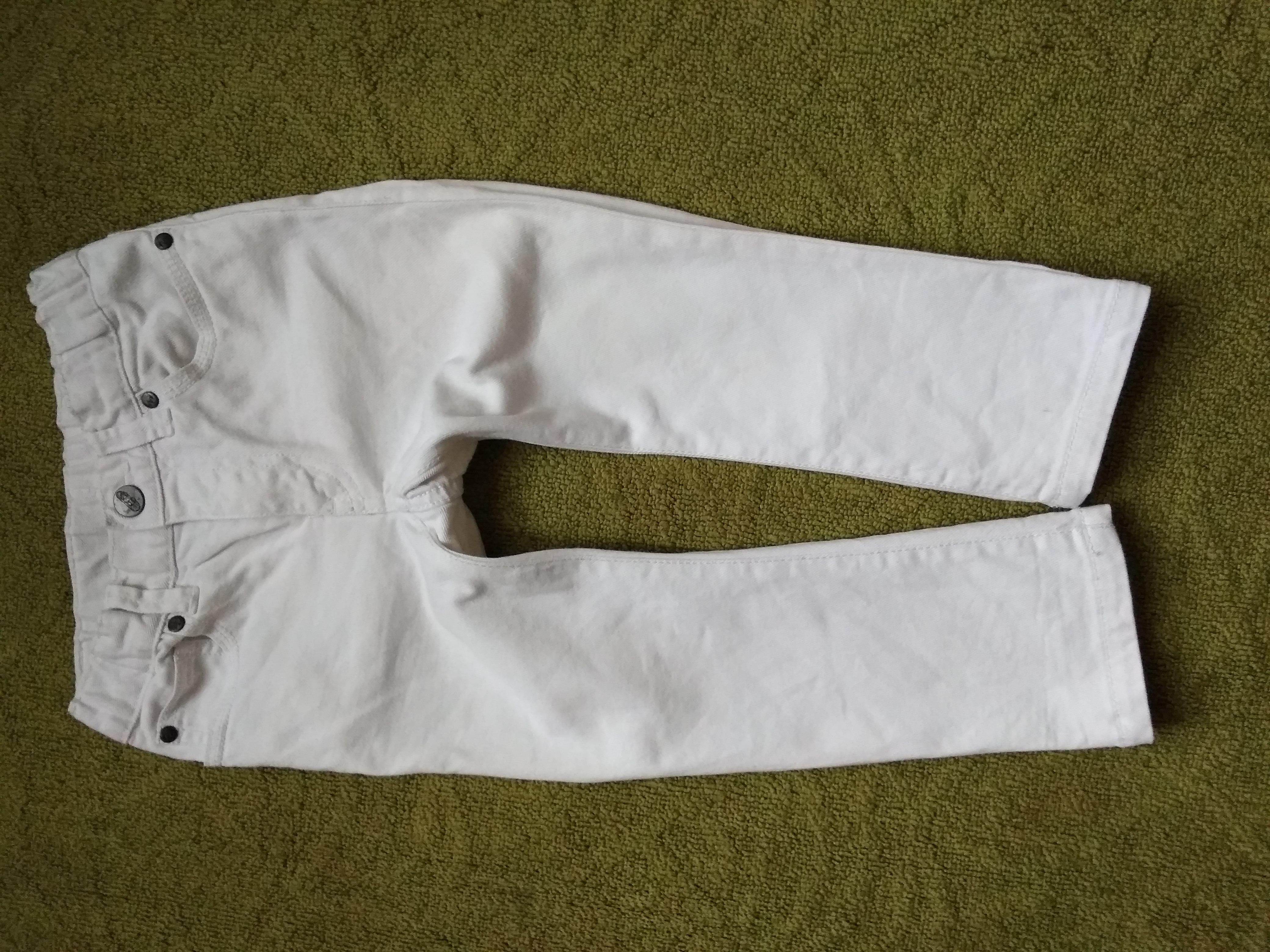 H&M стильные белые джинсы