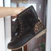 Шикарные ботинки , размер 40. В идеале !!!