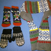 Рукавички, носочки и шарф в отличном состоянии
