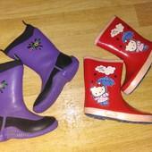 Яркие сапожки Hello Kitty uk11-12=29-30 р