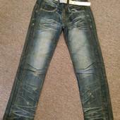 !Наш пролет!Новые джинсы с поясом на девочку 9-10лет.