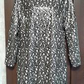 Фирменное красивое платье из сплошной мелкой пайетки р. 14-16 в состоянии новой вещи.