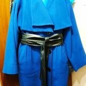 Красивое и стильное пальто,48 р. в идеальном состоянии.